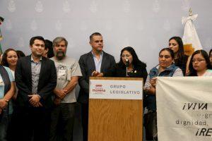 Morena anuncia la reinstalación de maestros cesados en el estado 1