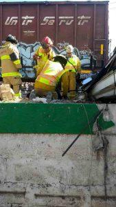 Por ganar paso al tren deja 9 fallecidos en La Valla 1