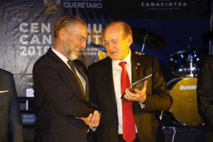 Entrega CANACINTRA galardón a la trayectoria empresarial 2019 al Ing. Pedro Ruiz Velasco 1