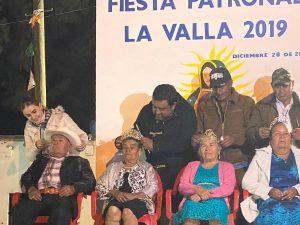 Coronación de Adulto Mayor en La Valla. 1