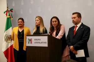 PRI presenta iniciativa de Mochila Segura 1