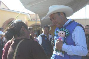 Muñecas artesanales son de Santiago Maxquititlàn y San Ildefonso 1