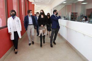Francisco Dominguez reconoce labor del Hospital Infantil Teleton de Oncologia 1